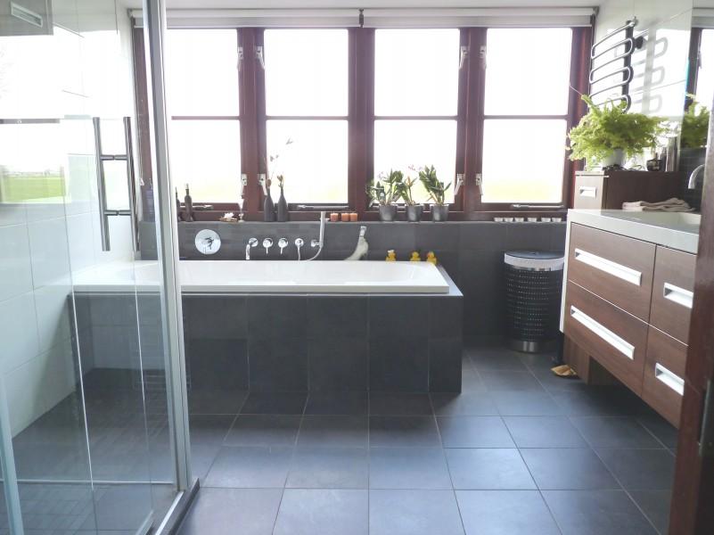 Badkamer lisse badkamer ontwerp idee n voor uw huis samen met meubels die het - Gemeubleerde salle de bains ontwerp ...